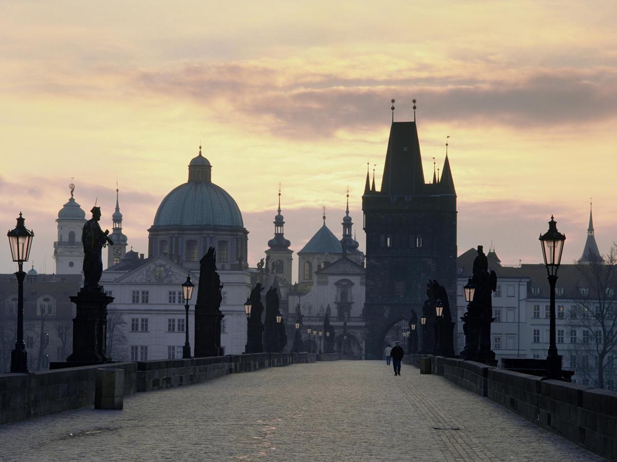 Praha Karl V Most Zem Film